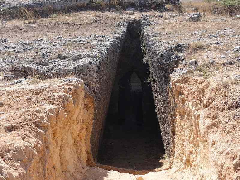 Mazarakata_Tombs